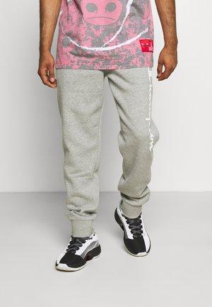 CUFF PANTS - Teplákové kalhoty - light grey