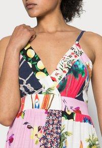 Desigual - TROPICAL - Korte jurk - material finishes - 4