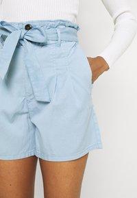 ONLY - ONLPIPI LIFE PAPERBAG BELT - Shorts - allure - 3