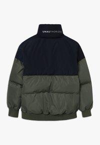 Unauthorized - CHAD JACKET - Down jacket - beetle - 1