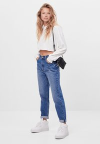 Bershka - MIT UMSCHLAG  - Jeans baggy - blue - 1