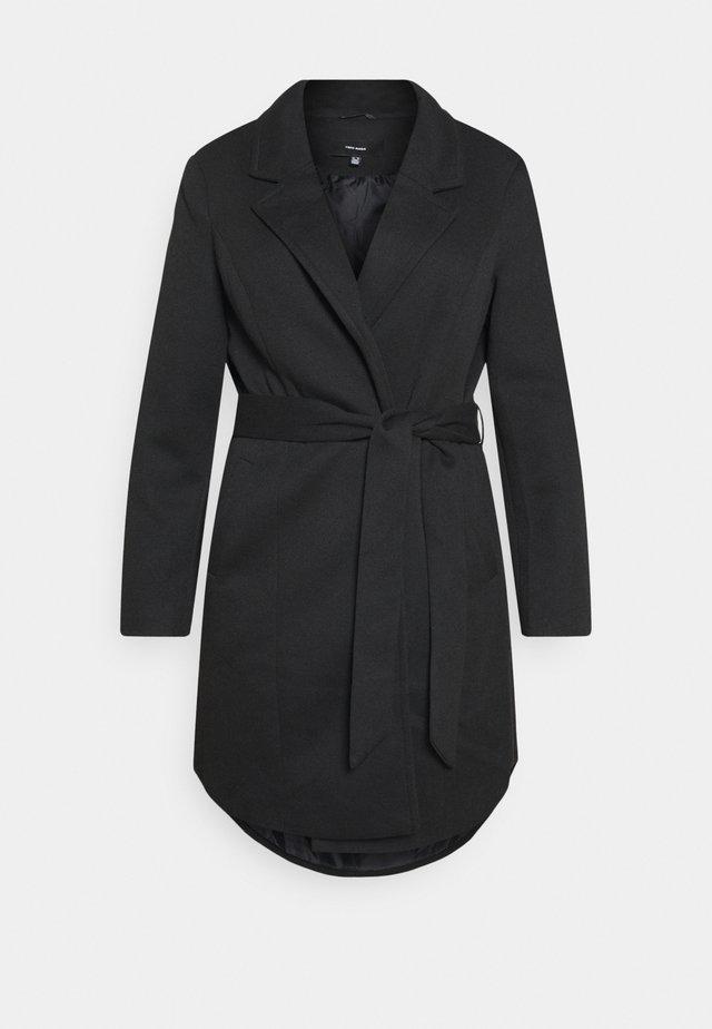 VMVERODONNA TRENCHCOAT CURVE - Zimní kabát - black