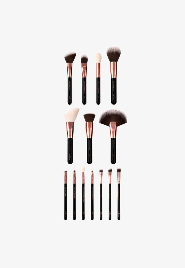 ESSENTIAL BRUSHES - Kit pennelli - black diamond