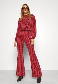 Diane von Furstenberg - BROOKLYN PANTS - Trousers - signature red - 3