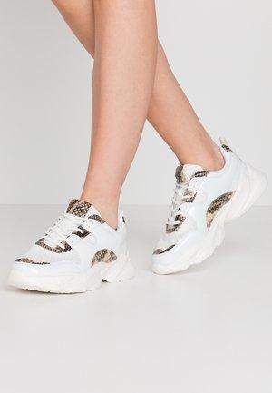 BIACASE - Sneakers laag - white