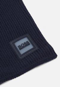 BOSS Kidswear - SNOOD UNISEX - Snood - navy - 2
