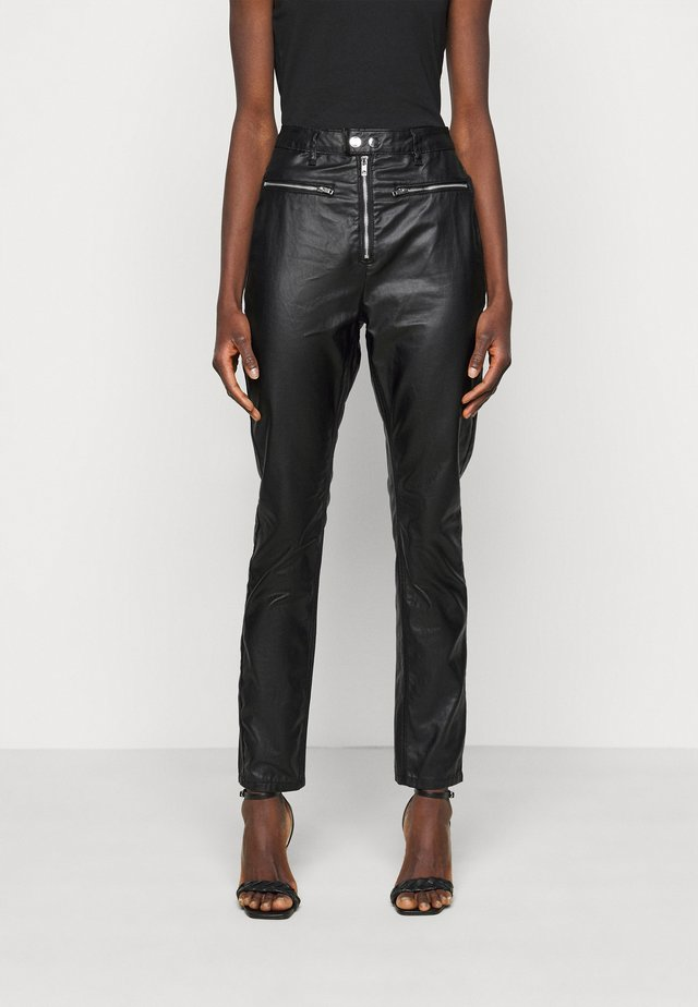 COATED WRATH WITH ZIP DETAIL - Straight leg jeans - black