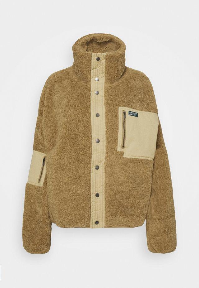 JACKET - Winter jacket - camel