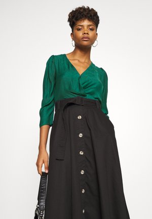 AVERY TUCK BLOUSE - Bluser - green