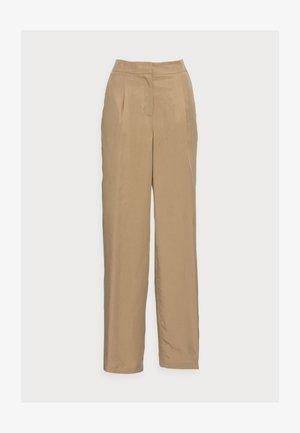 SLFTINNI-PORTA WIDE PANT - Pantalones - kelp