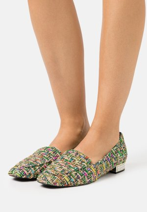 GRACELYNNE - Loafers - green