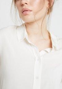 Samsøe Samsøe - MAJAN - Button-down blouse - clear cream - 4