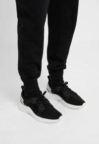 3.1 Phillip Lim - CLASSIC  - Jogginghose - black - 3
