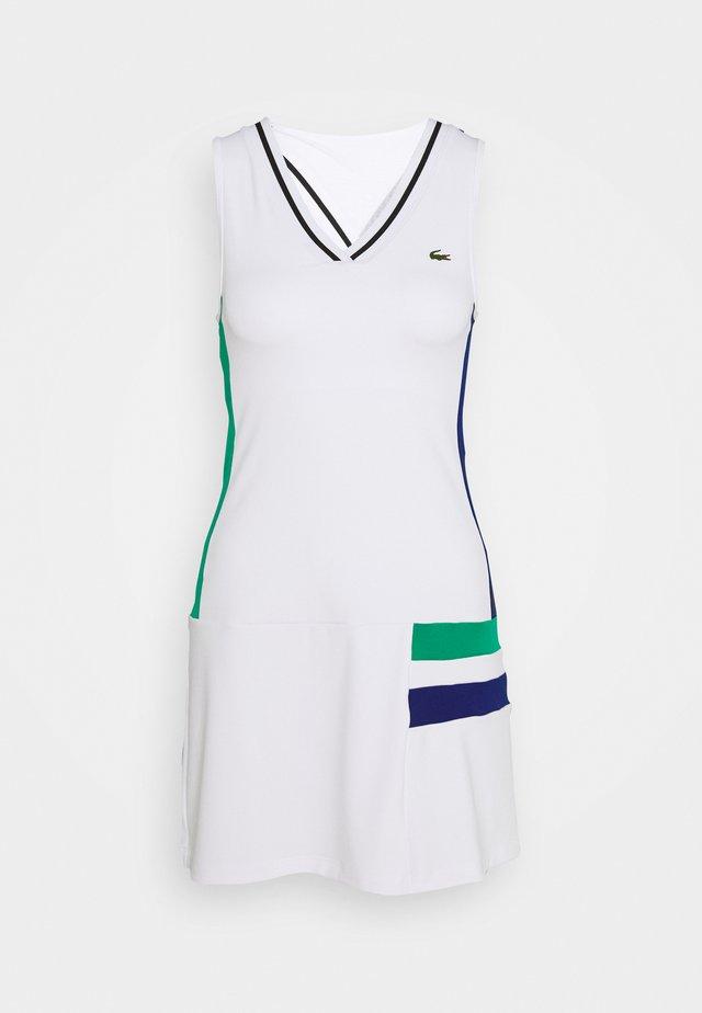 TENNIS DRESS - Urheilumekko - white/black/greenfinch/cosmic