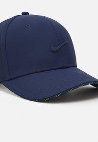 Nike Sportswear - UNISEX - Cap - midnight navy/mean green - 3