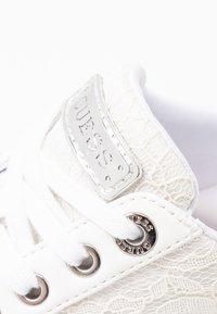 Guess - BRADLIA - Sneakers - white - 2