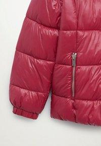 Violeta by Mango - MIT SEITLICHEN ZIPPERN - Winter jacket - fuchsia - 6