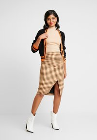 Nly by Nelly - TURTLENECK - Topper - beige - 1