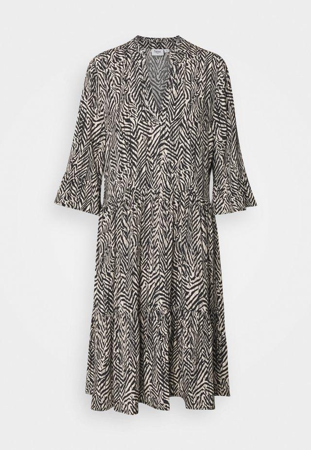 EDA DRESS - Day dress - ombre blue
