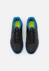 Nike Performance - JR TIEMPO LEGEND 8 CLUB TF UNISEX - Astro turf trainers - black/light photo blue/cyber - 3
