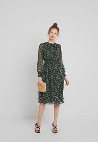Louche - DANIE DECO - Maxi dress - green - 2