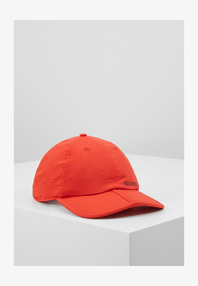LEE - Caps - red