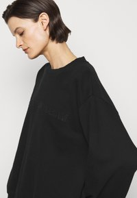 MM6 Maison Margiela - Sweatshirt - black - 4