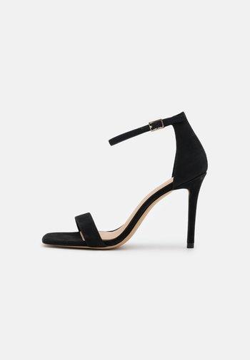 AFENDAVEN - Sandals - black