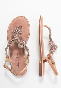 Alma en Pena - T-bar sandals - old pink - 3