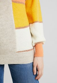 Vila - Long sleeved top - canyon sunset/natural melange - 5