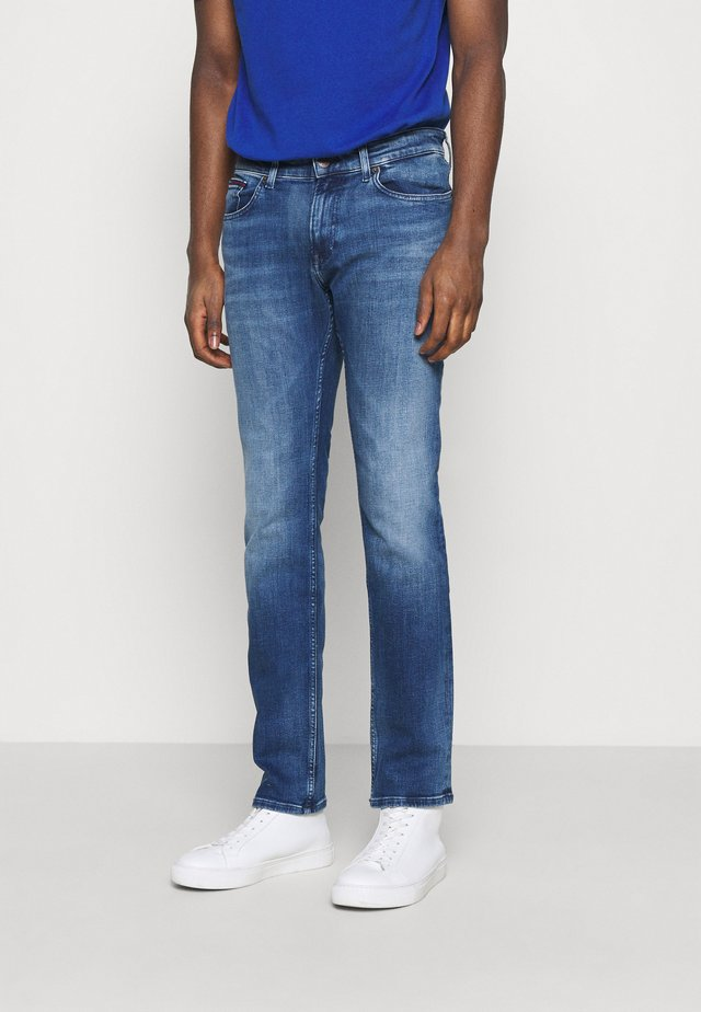SCANTON SLIM - Slim fit jeans - dynamic jacob mid blue stretch