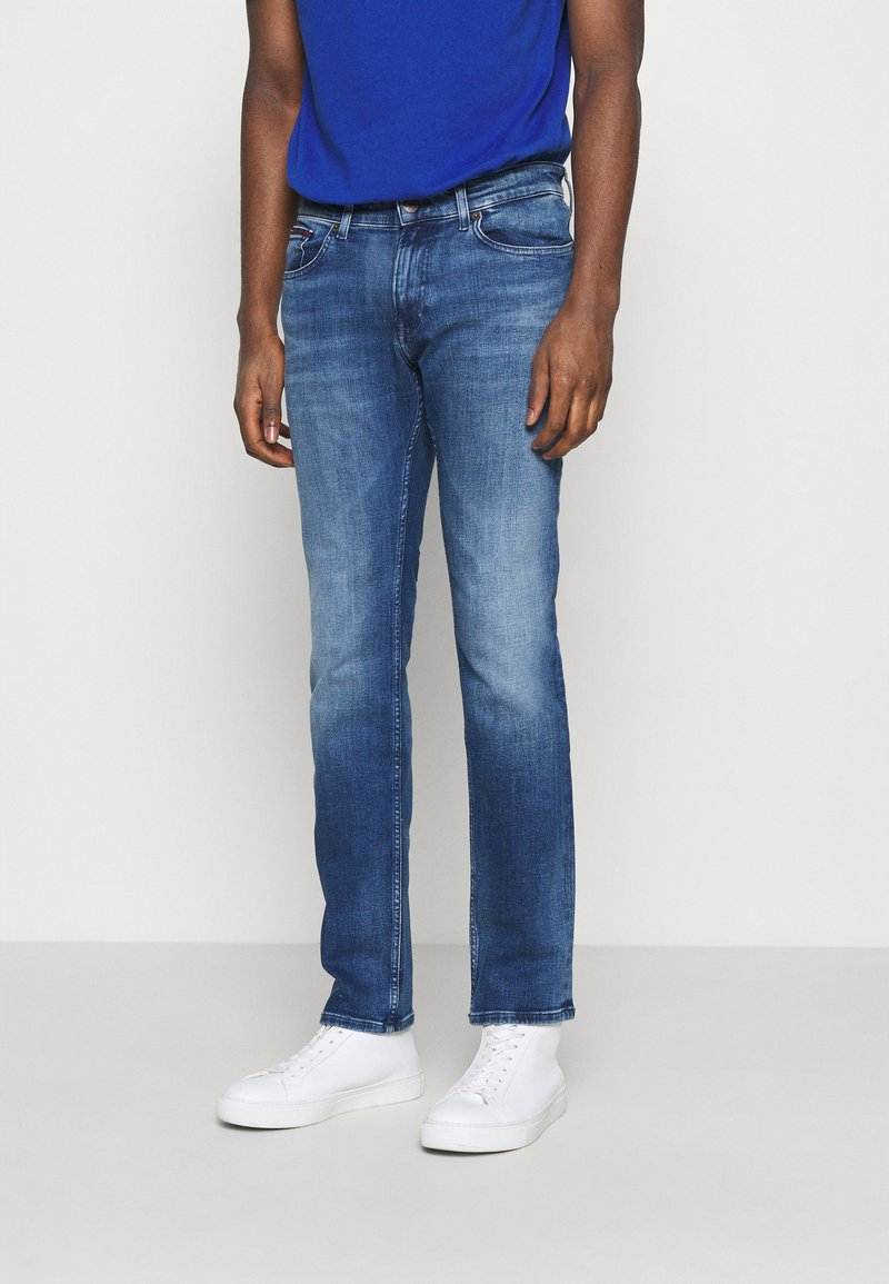 Tommy Jeans - SCANTON SLIM - Džíny Slim Fit - dynamic jacob mid blue stretch