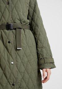 InWear - GURLI COAT - Zimní kabát - beetle green - 6