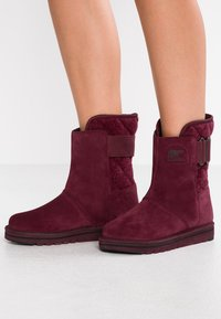 Sorel - NEWBIE - Winter boots - dark red - 0