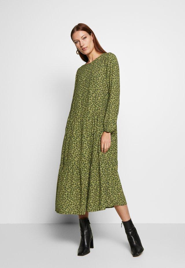 NEONA JALINA DRESS - Denní šaty - kalamata