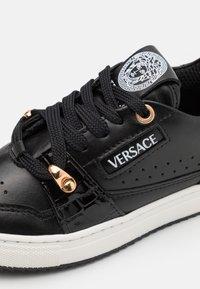 Versace - UNISEX - Trainers - black/gold - 5