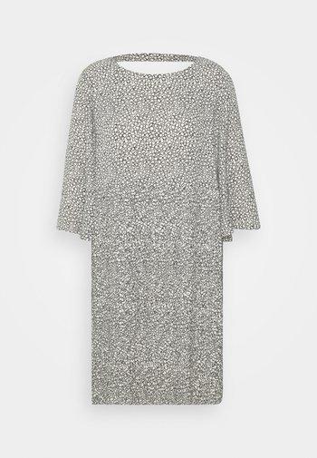 SLFKINSLEY DRESS  - Sukienka letnia - birch