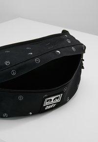 Obey Clothing - DROP OUT SLING PACK - Bum bag - symbol black - 4