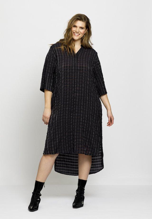 MIRIAM - Shirt dress - black check