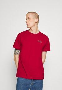 Tommy Jeans - CHEST CORP TEE UNISEX - Print T-shirt - wine red - 0