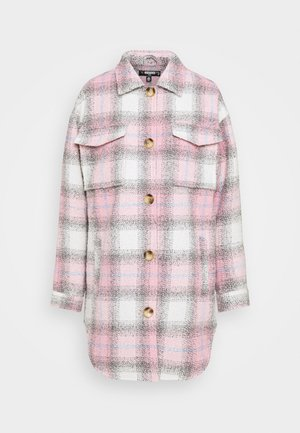 OVERSIZED CHECK SHACKET - Classic coat - pink