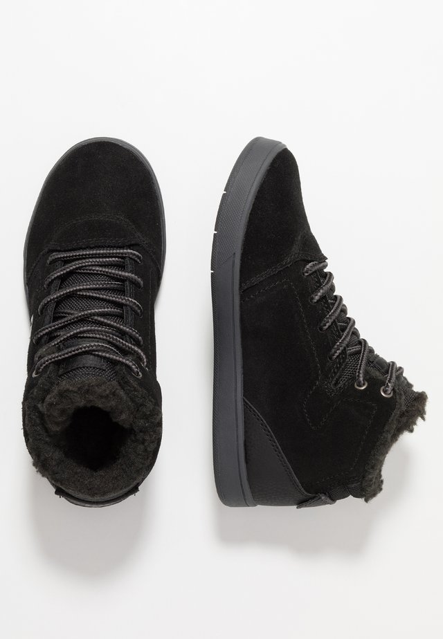 CRISIS HIGH WNT - Sneakersy wysokie - black