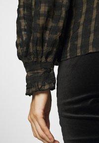 Topshop - CHECK COLLAR - Long sleeved top - khaki - 4
