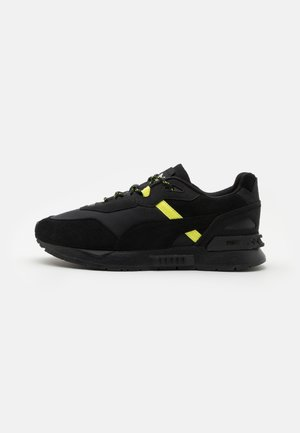 MIRAGE TECH X HH UNISEX - Trainers - black