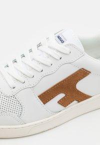 Faguo - HAZEL BASKETS - Trainers - white - 5