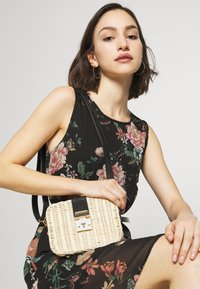 Gina Tricot - BAG - Across body bag - light beige - 1