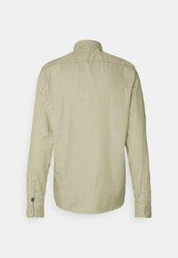 Scotch & Soda - REGULAR FIT STRIPED OXFORD - Shirt - beige - 1