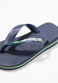 Havaianas - BRASIL LOGO - Pool shoes - Navy blue - 5