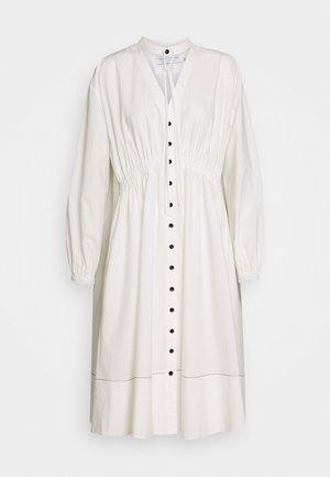 SHIRTING DRESS - Košilové šaty - off white