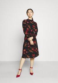 ONLY - ONLNOVA LUX SMOCK DRESS - Sukienka letnia - black - 0